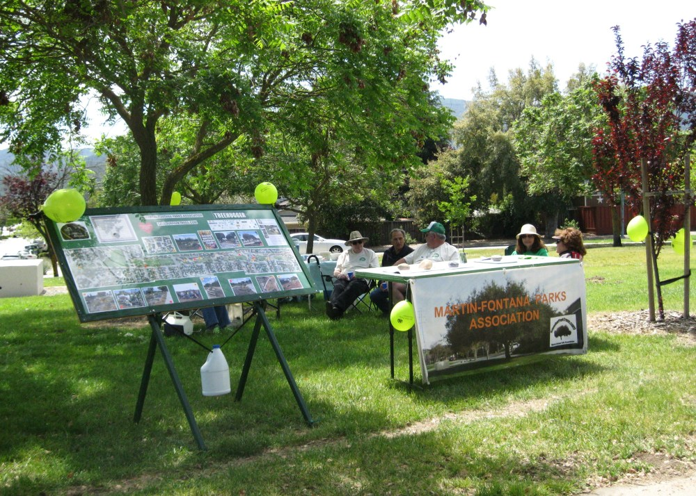 MFPA members & friends enjoy Picnic in the Park Day April 26th (2/6)