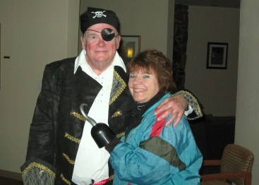 Capt. Rod & his wife Ellie, who maintained the Captain's Log.