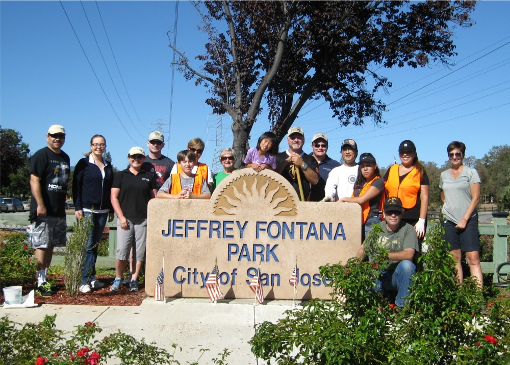 Fall clean-up in the Jeffrey Fontana Memorial Garden (1/6)