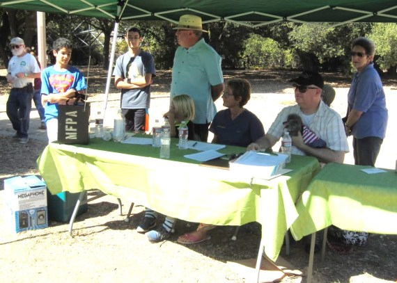 Judging the event were Councilmember Johnny Khamis, Pinnacle Animal Hospital's Dr. Andra Moore, and Brandon Stevens.